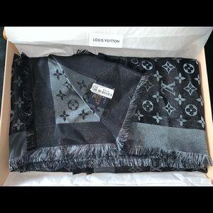 Louis Vuitton Accessories - Louis Vuitton silk scarf